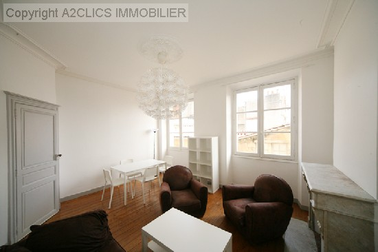 location appartement QUARTIER SAINT MICHEL PROCHE PORTE DE BOURGOGNE 2 pieces, 50m