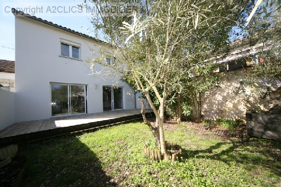 location maison QUARTIER SAINT AUGUSTIN 5 pieces, 106m